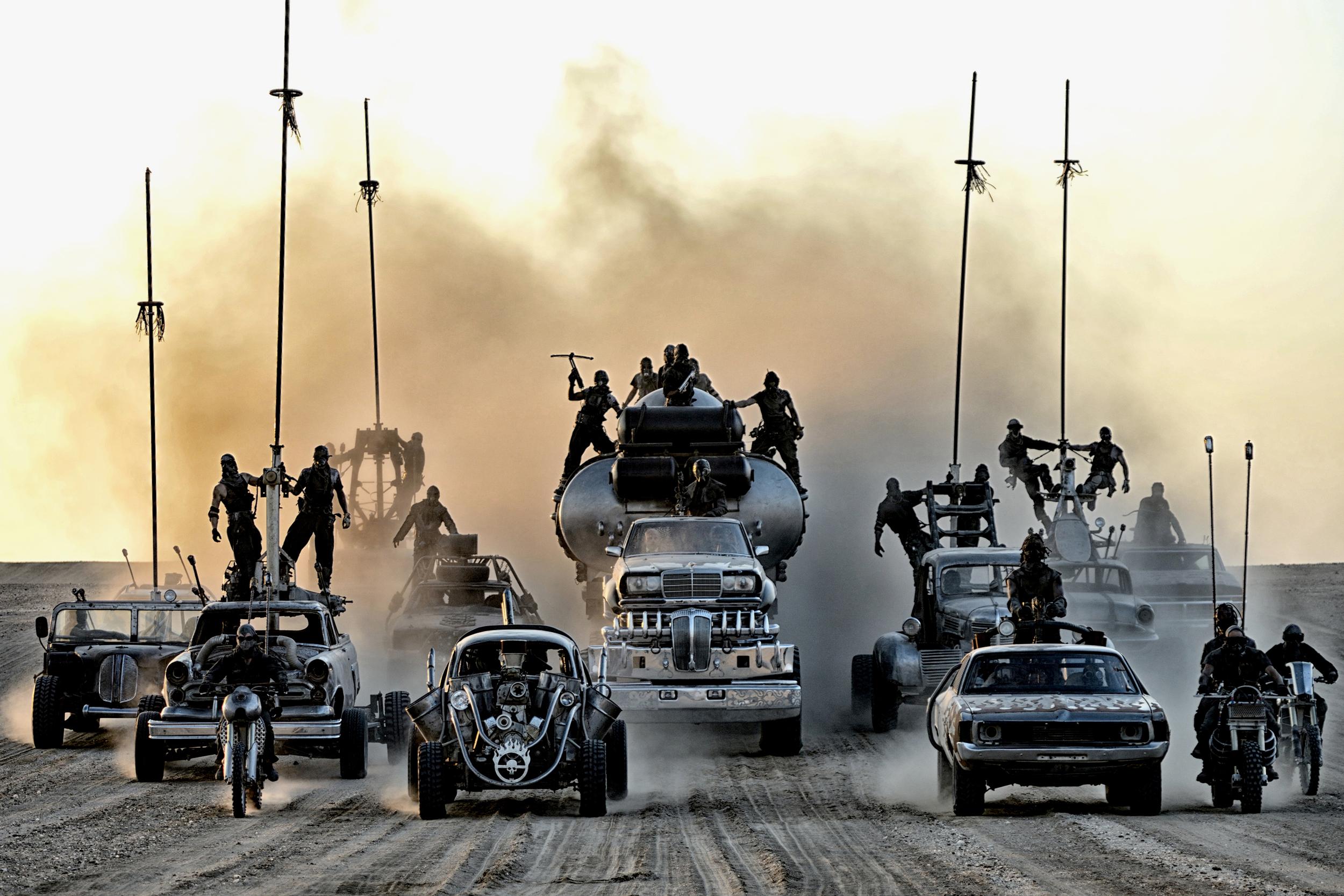 Mad Max: espetaculares cenas de carros no cinema