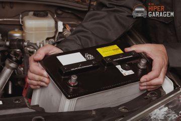 bateria sendo retirada